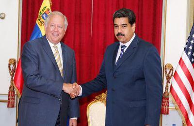 El subsecretario de Estado de EEUU se reúne con Nicolás Maduro en Caracas