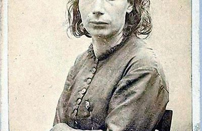A Louise Michel La Communarde de Paris - Carmen Montet