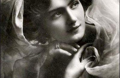 retro - Lily Elsie (1886-1962) - actrice