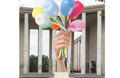 Le ''cadeau'' de Jeff Koons à Paris coûtera cher au contribuable parisien