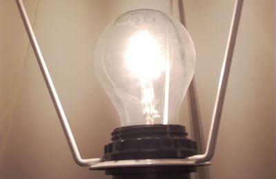 Éclairer Une La Minimale PièceInstaller Puissance Pour Un Luminaire 8n0NvwmO