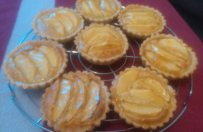 Tartelettes 🍰 aux pommes crême amandes