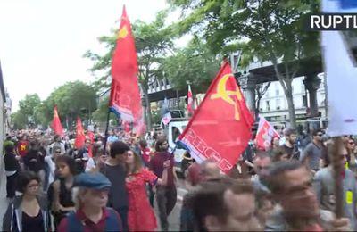 Contre la guerre sociale menée contre les peuples, les JRCF et le PRCF présents aux côtés du Front Social #14juillet