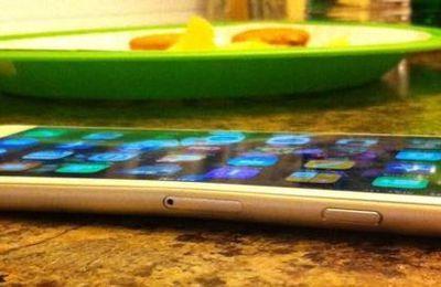 iPhone 6 Plus, les téléphones se déformeraient