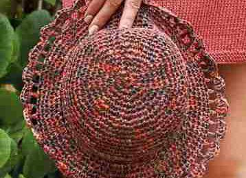 Un chapeau au crochet