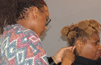 My Mum's Sisterlocks: Reprise du 2 avril 2016