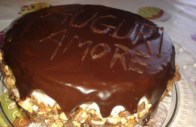 Torta cioccolatoso con praliné