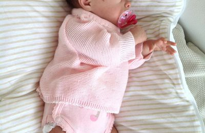 Lou : bébé disponible