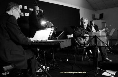 Le Jazz, c'est au Paradis à Mauprévoir qu'il faut venir l'écouter! Avec Christian Escoudé, Charles Bellonzi, Antoine Hervier et Guillaume Souriau....