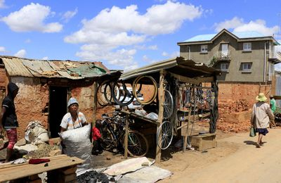 COMPTE-RENDU DU VOYAGE À MADAGASCAR DE PATRICK ET ALAIN DÉCEMBRE 2016