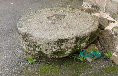 Pierres des morts de Vendée (85)