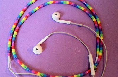 DIY earphone decorations