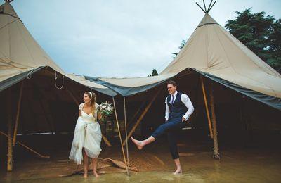 Quand la pluie s'invite vraiment BEAUCOUP à ton mariage...