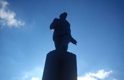 Hommage au Général de Gaulle à Colombey les deux églises