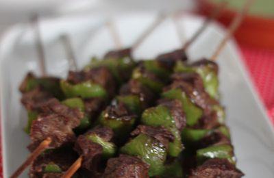 Brochettes de boeuf au mojo vert