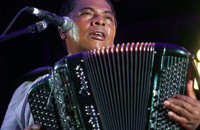 Madagascar: hommage à l'accordéoniste Régis Gizavo dans sa demeure familiale