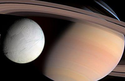 La divulgation « douce » de la Nasa continue : « des ovnis géants « prolifèrent » dans les anneaux de Saturne »