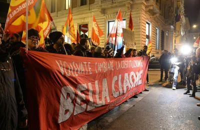 Référendum en Italie : les électeurs rejettent massivement la réforme constitutionnelle de Matteo Renzi