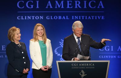 USA : La Fondation Clinton ferme boutique