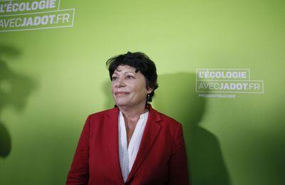 Onze vaccins obligatoires ? Une eurodéputée s'interroge «sur le cadeau fait aux laboratoires»