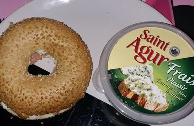 Bagel saumon Saint Agur.