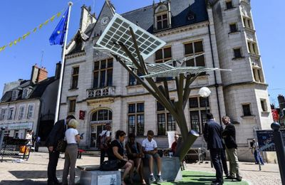 "Un arbre solaire à Nevers : le ""e Tree""..."