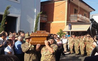 Ex ranger morto, la moglie dice no all'Esercito