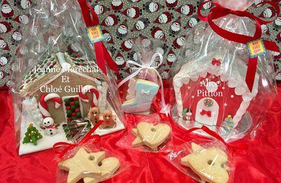 Maisons en pain d'épices et sablés de Noël