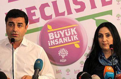 Kurdistan : 142 et 83 ans de prison requis contre les co-présidents du HDP
