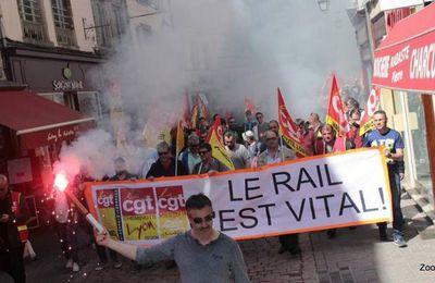 14 avril: les cheminots en manif chez Wauquiez. C'est la bataille du rail !