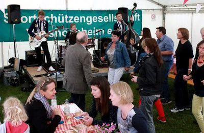 """Jugendband """"Die Kusängs"""" überzeugte am Samstagabend beim Auftakt des 45. Vitusfestes der Sportschützen"""