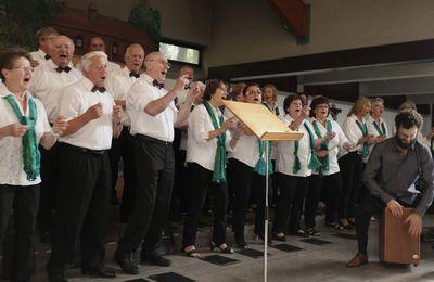Nun vollständig: Grandioses Sommerkonzert der Sängervereine aus Veitshöchheim und Margetshöchheim im HdB