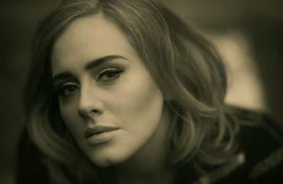 Adele de retour avec un premier single et clip signé Xavier Dolan - Hello