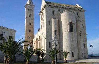 Maratona delle Cattedrali 2015 (2^ ed.). Una Maratona che è anche affascinante viaggio nella storia e nella cultura