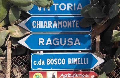 Giro della provincia di Ragusa a piedi. Il grazie di Salvatore Sulsenti ad Amiciper e a Fabiola Caporalini. Fabiola mi disse: Vai!