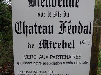 Le château féodal de Mirebel (39570)