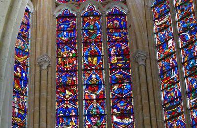 La verrière de l'Arbre de Jessé de la cathédrale de Tours.