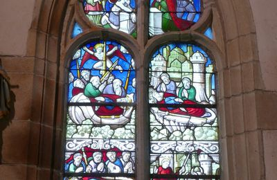 Les vitraux de la chapelle Notre-Dame-du-Crann à Spézet: la verrière de saint Jacques.