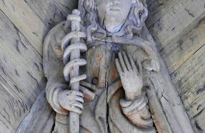 Les six Sibylles de la chapelle du château de Kerjean.