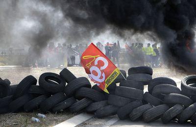 CRISE SOCIALE : LES FRANÇAIS JETTENT LA PIERRE AU GOUVERNEMENT !..