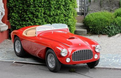 VOITURES DE LEGENDE (676) : FERRARI  212 EXPORT TOURING BARCHETTA - 1951