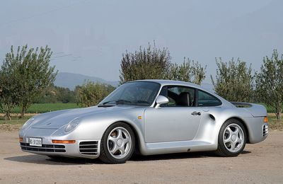 VOITURES DE LEGENDE (699) : PORSCHE 959 - 1985