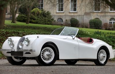 VOITURES DE LEGENDE (721) : JAGUAR  XK120  ALLOY  OPEN TWO SEATER - 1950