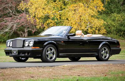 VOITURES DE LEGENDE (725) : BENTLEY AZURE  MULLINER - 2000