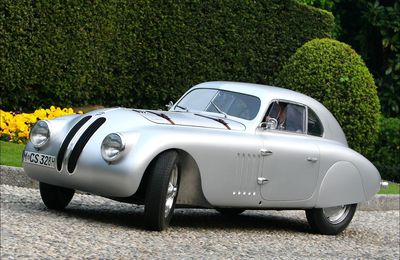 "VOITURES DE LEGENDE (732) : BMW  328 ""MILLE MIGLIA""  TOURING BERLINETTA - 1940"