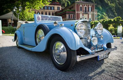 VOITURES DE LEGENDE (734) : BENTLEY  4 1/4 LITRE  HOOPER CONVERTIBLE - 1937