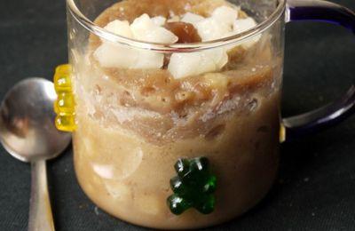 Un repas en 30 min à moins de 4€ par personne : mug cake crème de marron et poire