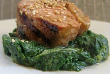 Filet mignon Hoi-Sin, sésame et épinard