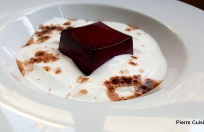 Crémeux cassis, éphémère poudre de cacao