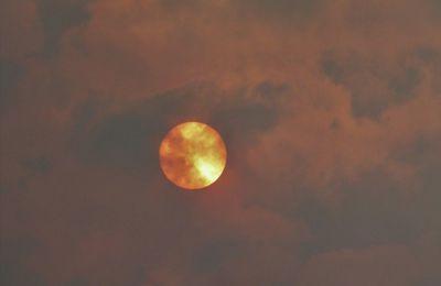 Soleil impressioniste ce matin sur Quimper et en Cornouaille